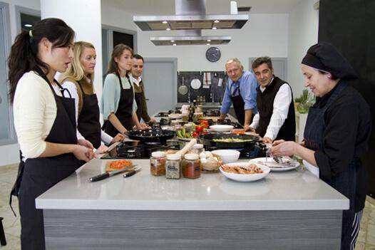 curso de cocina en m laga y visita al mercado
