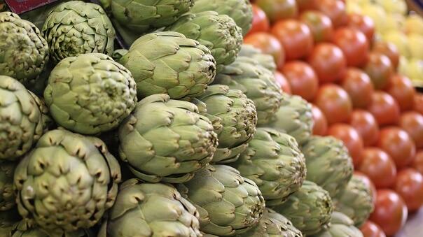 artichokes malaga food market