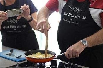 husband cooking class