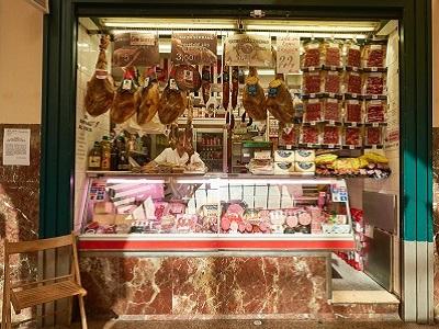 cordoba food market stall