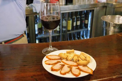 seville wine and food tour