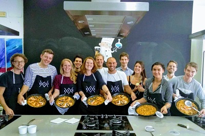 malaga paella cooking class for groups