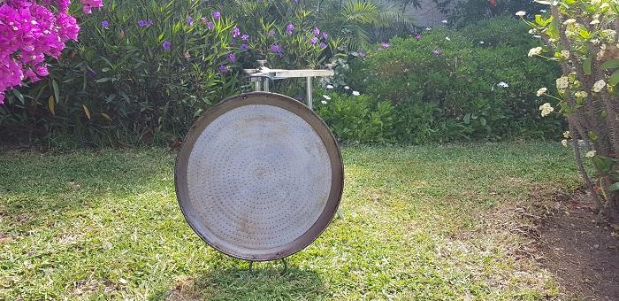 polished steel paellera